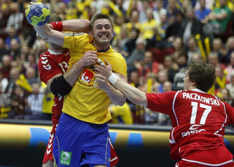 Polacy przegrali w Malmoe ze Szwedami 21-28 /PAP/EPA
