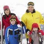 Polacy rozpoczęli sezon narciarski: Jak wypoczywają i jak się ubezpieczają?