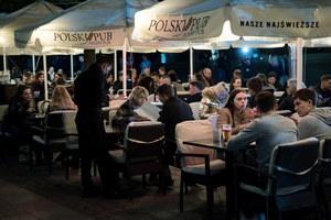 Polacy ruszyli do ogródków gastronomicznych