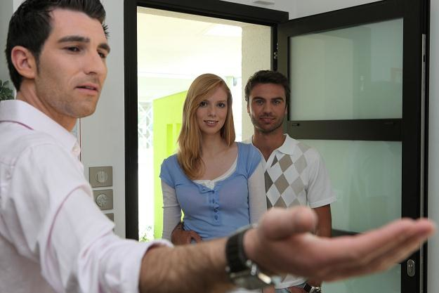 Polacy rzadko wynajmują mieszkanie /©123RF/PICSEL