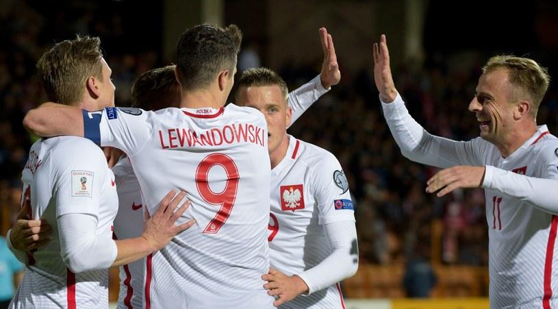Polacy są o krok od awansu na mundial w Rosji /AFP