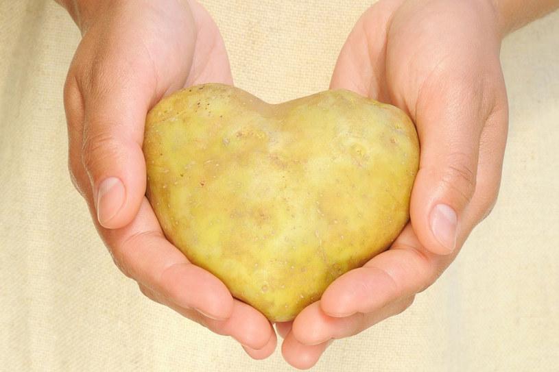 Polacy uwielbiają ziemniaki, warto zatem wykorzystać je w bardziej niekonwencjonalny sposób /123RF/PICSEL