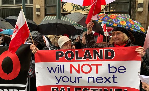 Polacy w USA protestują przeciw ustawie o restytucji mienia żydowskiego