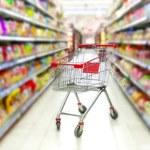 Polacy w weekend wciąż myślą o zakupach