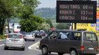 Długi weekend dobiega końca, turyści opuszczają Podhale, a na Zakopiance we wczesnych godzinach popołudniowych tworzą się korki.