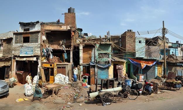 Polacy wybierają nietypowe formy turystyki m.in. do slumsów oraz opuszczonych dzielnic /©123RF/PICSEL