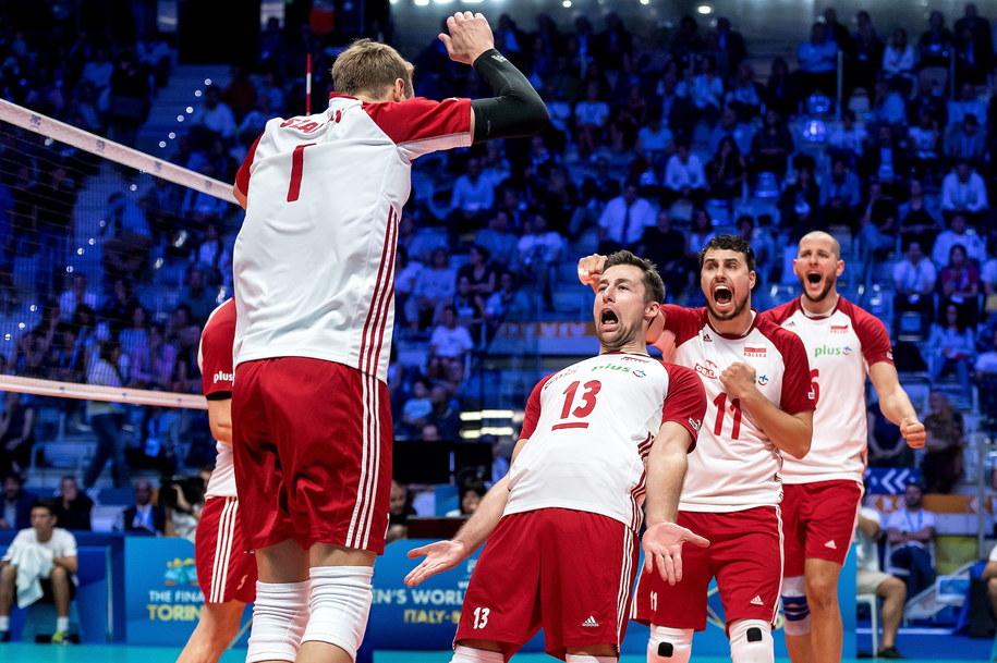 Polacy wygrali z USA 3:2 / Maciej Kulczyński    /PAP