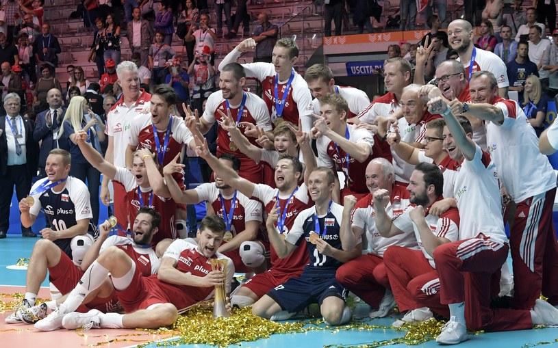 Polacy złotymi medalistami! /Piotr Grunwald /Reporter