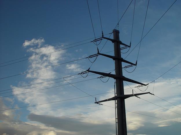 Polacy zmieniają sprzedawcę prądu co pięć minut /© Panthermedia