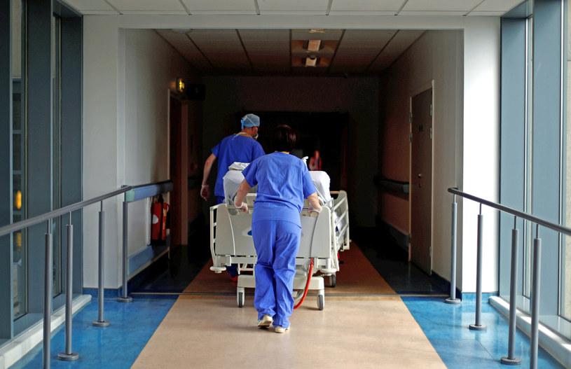 Polak jest w śpiączce w brytyjskim szpitalu w Plymouth, zdj. ilustracyjne /Hannah McKay/PA Images /Getty Images