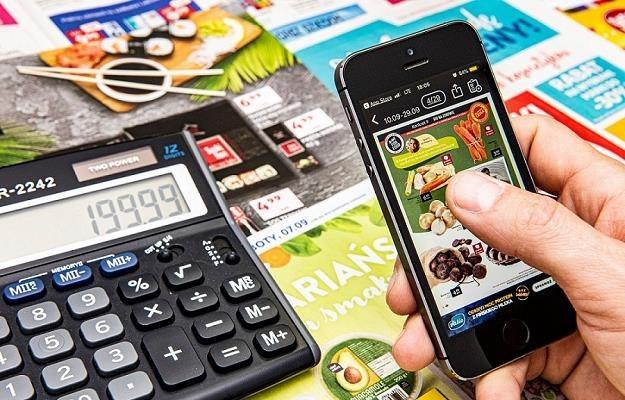 Polakom nie przeszkadzają reklamy na smartfonach /MondayNews