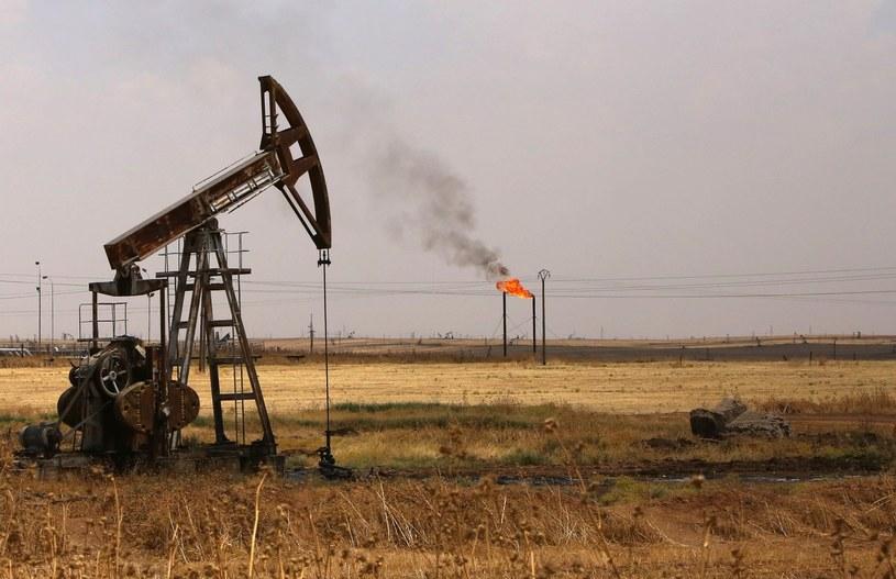 Pole naftowe Rmeilane w północno-wschodniej Syrii /YOUSSEF KARWASHAN /AFP