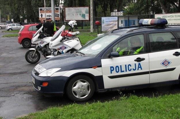 Policja będzie kontrolować auta nauki jazdy /RMF