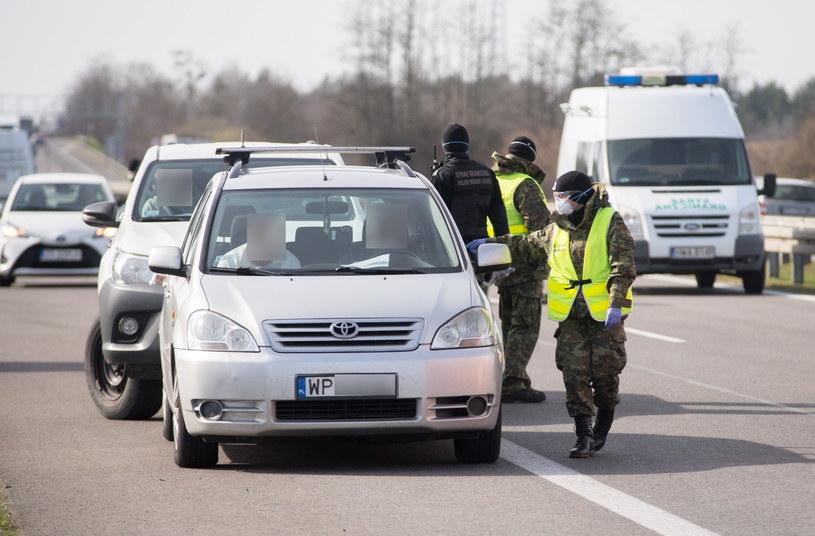 Policja ma monitorować sytuację /Marek Szandurski /East News