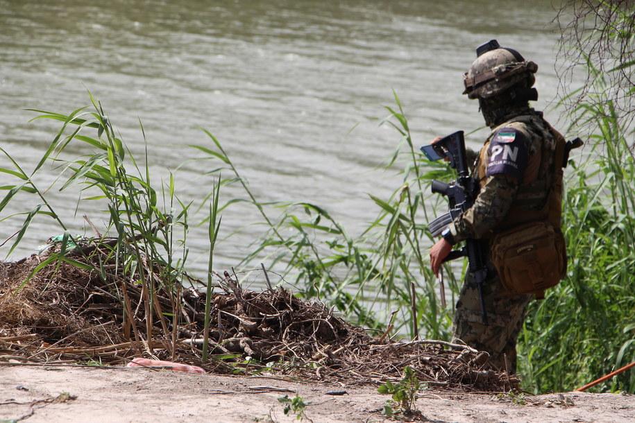 Policja na miejscu tragedii w Meksyku /Abraham Pineda /PAP/EPA