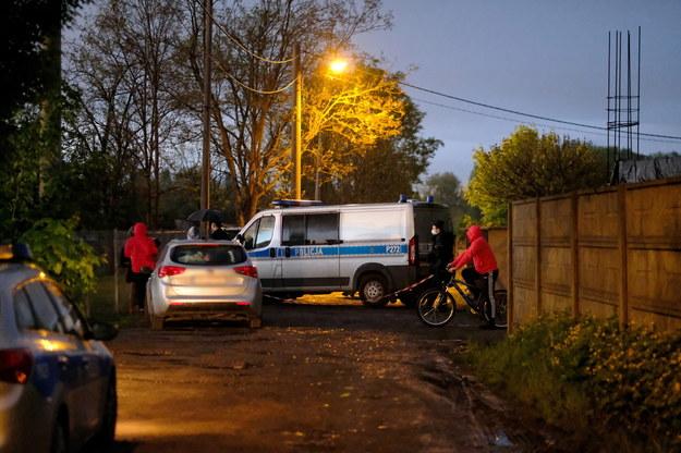 Policja na miejscu znalezienia ciała 11-letniego Sebastiana /Andrzej Grygiel /PAP