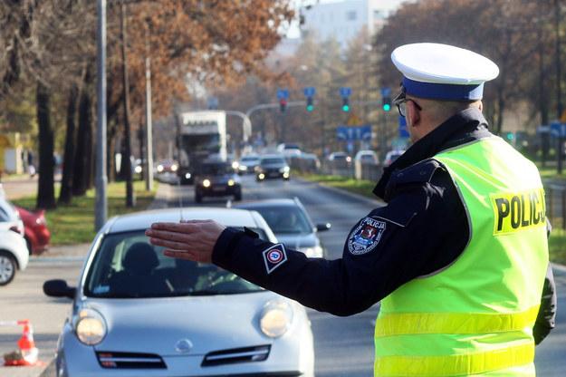 """Policja o akcji """"Znicz"""": 25 osób zginęło w wypadkach; zatrzymano 1 245 nietrzeźwych kierowców /LUKASZ KACZANOWSKI/POLSKA PRESS/Polska Press /East News"""