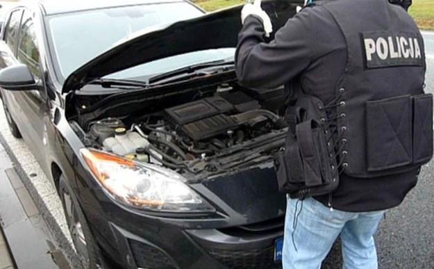 Policja odzyskała kradziony samochód /Policja