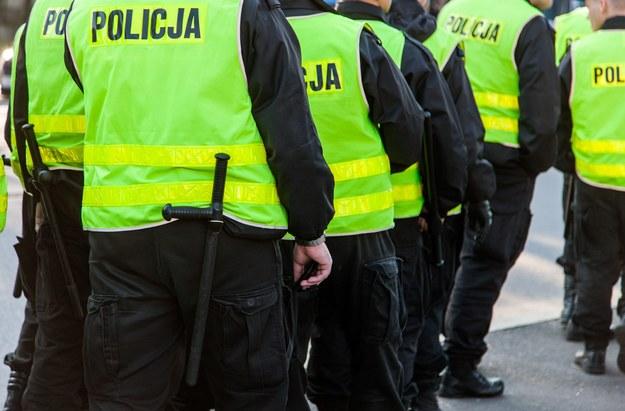 Policja planuje przyjąć do służby rekordową liczbę 5560 osób /123RF/PICSEL