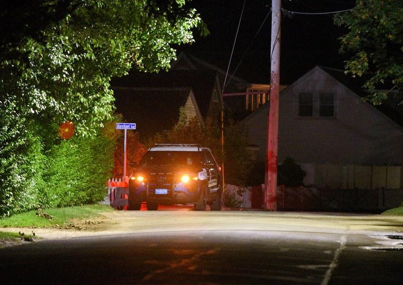 Policja pod domem, w którym przebywała Saoirse Kennedy Hill /FAITH NINIVAGGI/ Reuters /Agencja FORUM