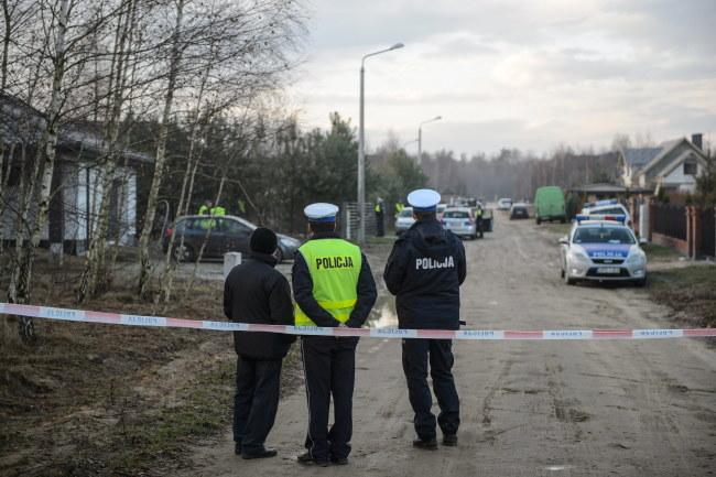 Policja podczas wizji lokalnej /PAP/Wojciech Pacewicz /PAP