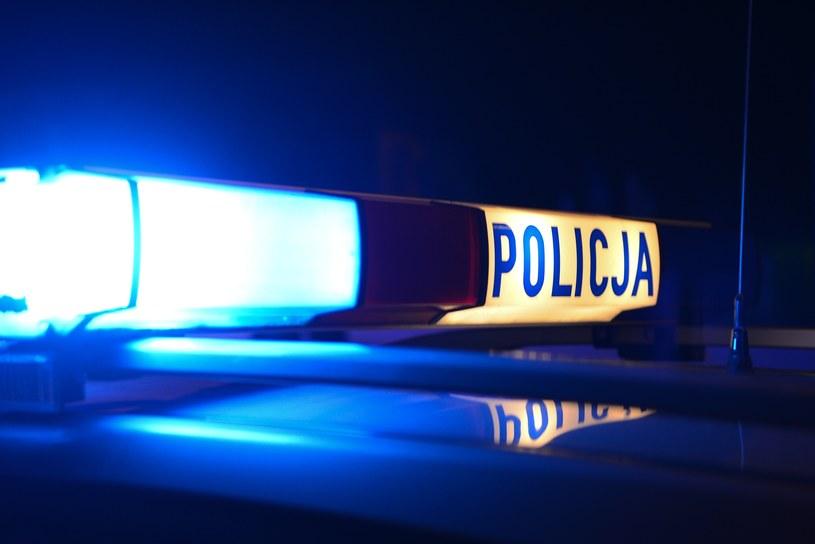Policja poszukuje nożownika, który zranił mężczyznę (zdjęcie ilustracyjne) /Adam Staśkiewicz /East News