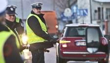 0007OEF8V2M05P6N-C307 Policja przypomina - jesień to niebezpieczny czas na drogach