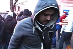 Policja publikuje zdjęcia zadymiarzy