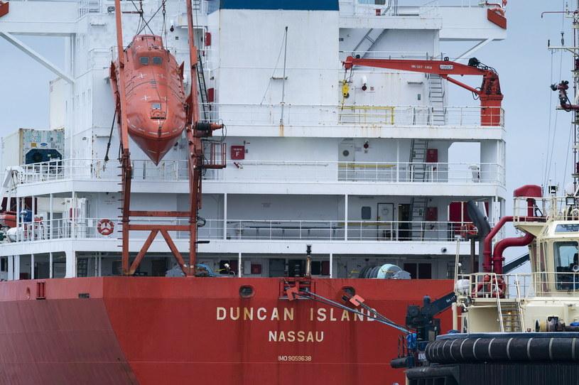Policja skonfiskowała 100 kilogramów kokainy na kontenerowcu Duncan Island /CLAUS BECH /PAP/EPA
