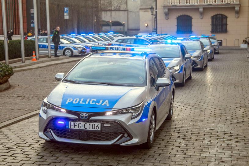 Policja systematycznie się zbroi /Jan Graczyński /East News