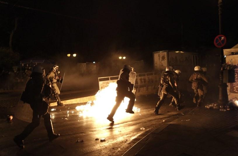 Policja użyła gazu łzawiącego /PAP/EPA