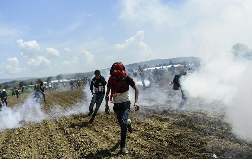 Policja użyła gazu wobec migrantów /AFP
