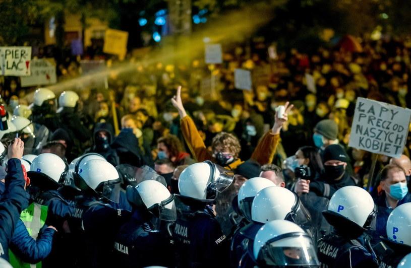 Policja w czasie protestów / Andrzej Grygiel    /PAP