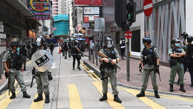 Policja w Hongkongu /MIGUEL CANDELA /PAP/EPA