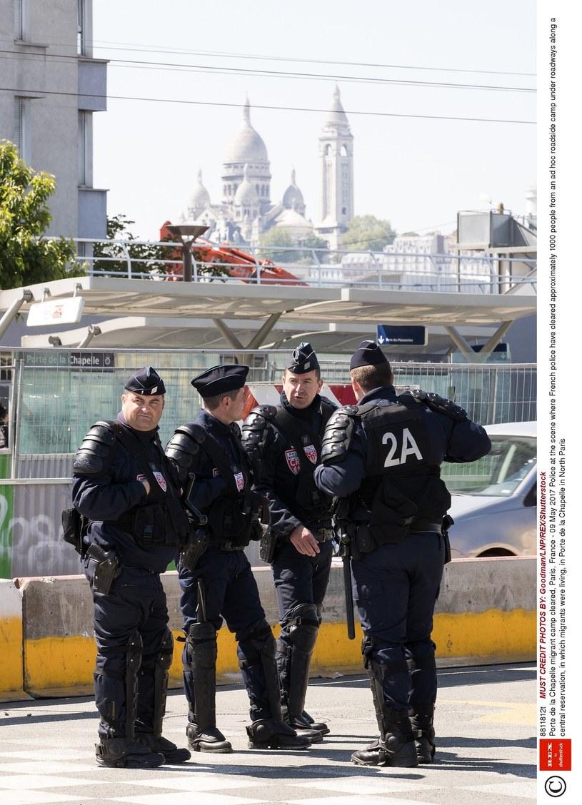 Policja w La Chapelle /East News
