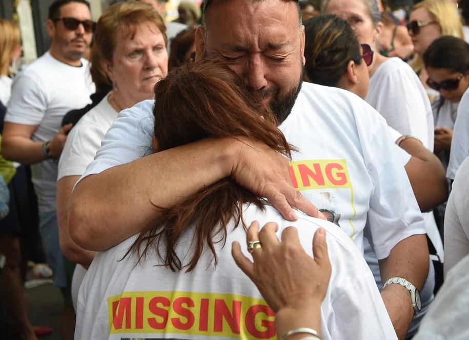 Policja wciąż otrzymuje zgłoszenia o zaginionych. /FACUNDO ARRIZABALAGA /PAP/EPA