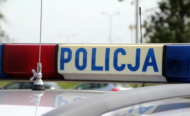 Policja zatrzymała 55-latka, który w Kościerzynie miał oblać łatwopalną substancją i podpalić swoją 48-letnią konkubinę.. Zdj. ilustracyjne /Archiwum RMF FM