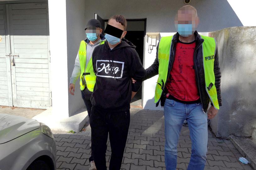Policja zatrzymała cztery osoby w związku z podpaleniami /KMP Bydgoszcz /Policja