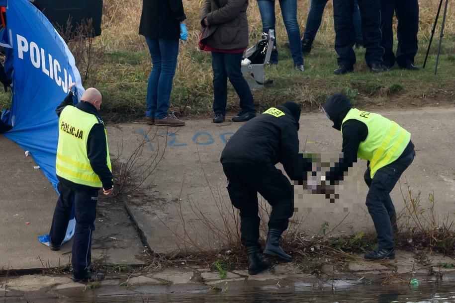 Policja znalazła w Warcie ludzką rękę /Jakub Kaczmarczyk /PAP