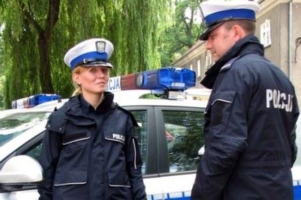 Policjanci będą marzli... /Policja