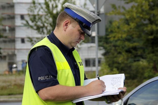Policjanci muszą wrócić do długopisów / Fot: Leszek Rusek /Reporter