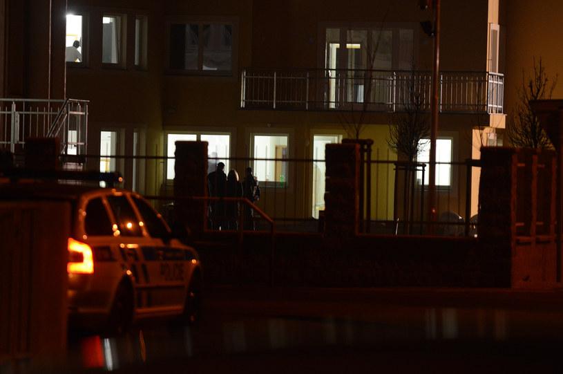 Policjanci na miejscu eksplozji /MICHAL CIZEK /AFP
