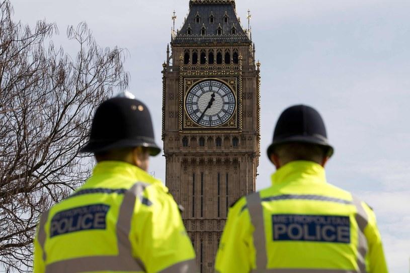 Policjanci pilnują bezpieczeństwa w Londynie /AFP