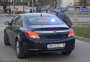 """Policjanci """"podpuszczali"""" kierowcę. Sąd przyznał mu rację!"""