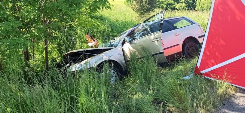 Policjanci szukają sprawcy wypadku (Źródło: Straż Pożarna Zgorzelec) /