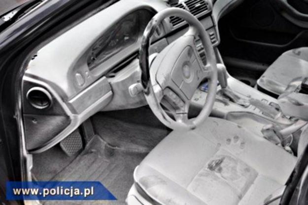 Policjanci uratowali 3-latka z płonącego auta / fot. materiały policji /Policja