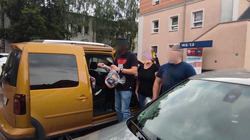 Policjanci uratowali życie półtorarocznego dziecka /KPP Wągrowiec /Policja