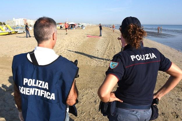 Policjanci w Rimini /ANSA/MANUEL MIGLIORINI /PAP