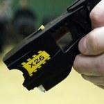 Policjanci z Kołobrzegu usłyszą zarzuty za użycie paralizatora