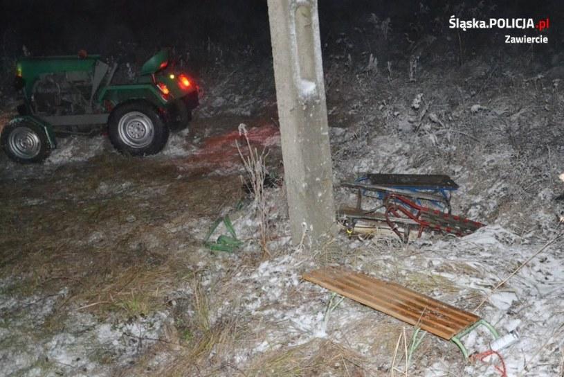 Policjanci z Zawiercia wyjaśniają okoliczności wypadku, do jakiego doszło podczas kuligu w miejscowości Ryczów-Kolonia /Policja